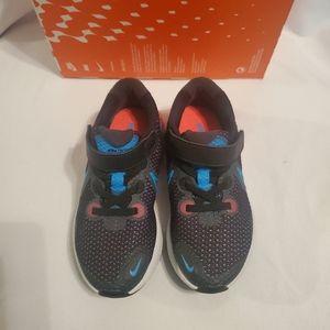 Nike Renew preschool shoes